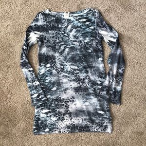 Tops - Abstract tunic